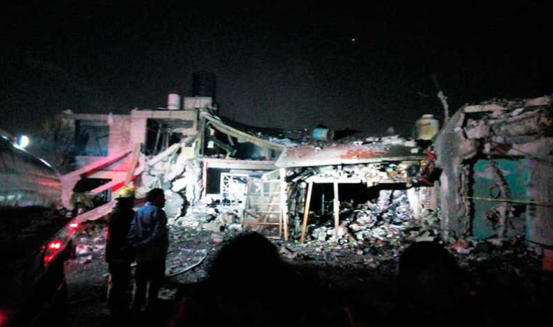 Deja explosión en Tultepec 5 muertos, 8 lesionados y 23 casas afectadas
