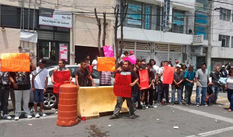 """Retrasa """"sospechoso"""" grupo los trabajos de Junta Municipal Electoral en Naucalpan"""