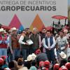 Productores rurales de Valle de Bravo y Metepec reciben incentivos agropecuarios