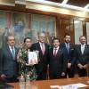 Entregan por escrito el primer informe de labores del gobernador Alfredo del Mazo