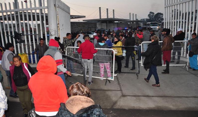 Nuevo enfrentamiento entre comerciantes en mercado Aviación Autopan de Toluca