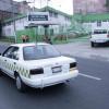 """Operadores de taxis """"colectivos"""" protestan porque les aplican la ley"""