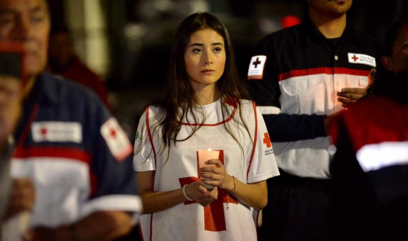 Recuerda Cruz Roja a voluntarios muertos en tareas de ayuda a la población y víctimas de violencia