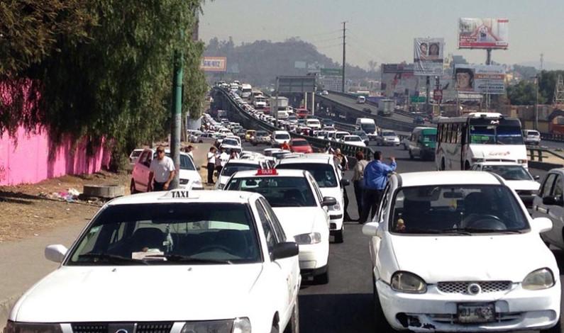 Desabasto de combustible no justifica aumento en transporte: Odilón López