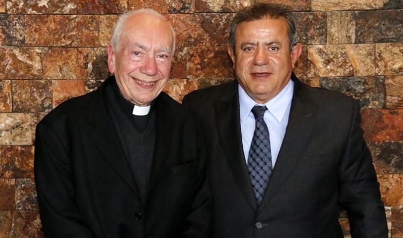 Visitó Naucalpan el Cardenal Francesco Coccopalmeiro