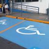 Regula Legislatura cajones de estacionamiento para personas con discapacidad