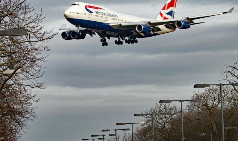 Avión se equivoca de ruta y lleva a los pasajeros a otro país