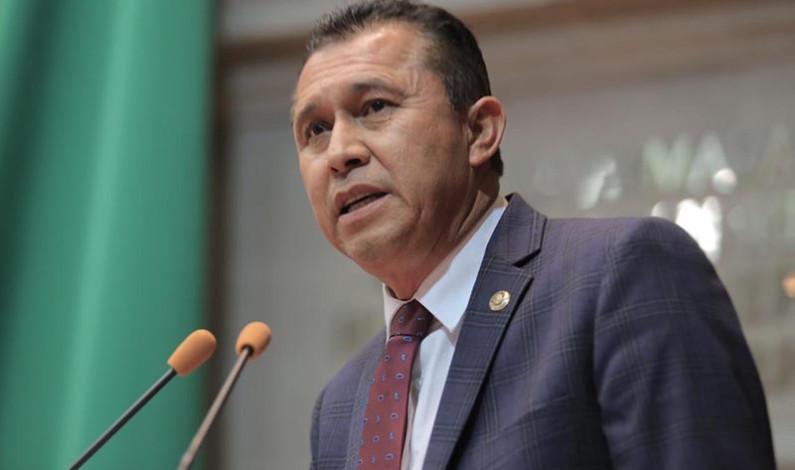"""Propone Ulloa Pérez sancionar penalmente  quien se """"quede"""" con cuotas del Issemym"""