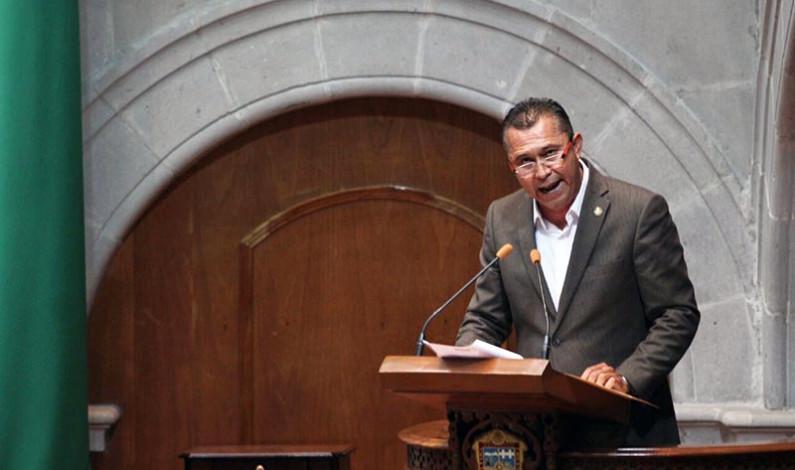 Exige Ulloa Pérez certeza a la autonomía de ayuntamientos