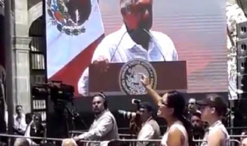 Interrumpen a AMLO en pleno discurso del centenario luctuoso de Zapata