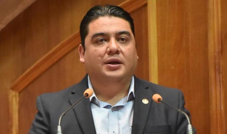 """Cuestionan diputados Asociaciones Público Privadas porque se entregan a """"amigos"""""""