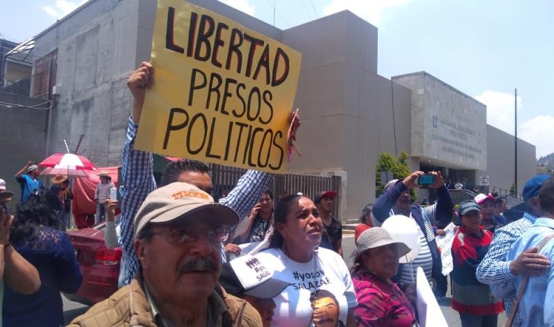 Libres los presos políticos de Salazar