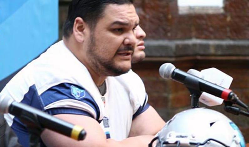 Acusan de intento de homicidio a jugador profesional de futbol americano