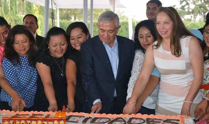 Celebró Tepotzotlán en grande a sus profesores