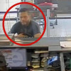 Frustrado asaltante huye antes de recibir dinero en banco de Toluca