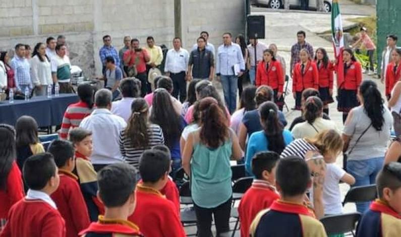 Refrenda ayuntamiento de Villa del Carbón su compromiso con la educación