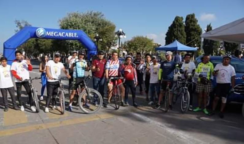 Fomenta Almoloya de Juárez el deporte con carrera de ciclismo de montaña