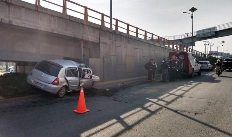 Fatal accidente en Boulevard Aeropuerto; dos muertos y un herido