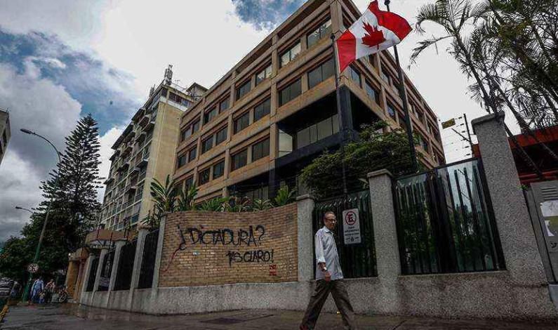 Suspende Canadá operaciones en su embajada de Venezuela