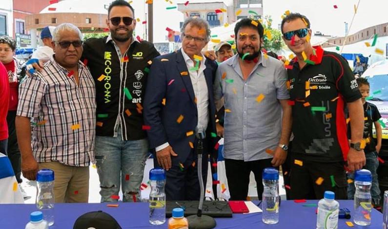 Poderoso equipo de automovilismo presenta Huixquilucan