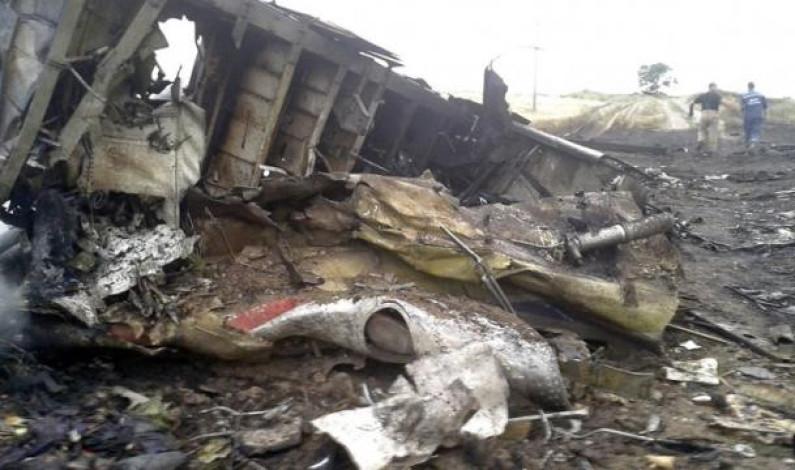 Acusan de asesinato a tres rusos y un ucraniano por derribar avión en 2014