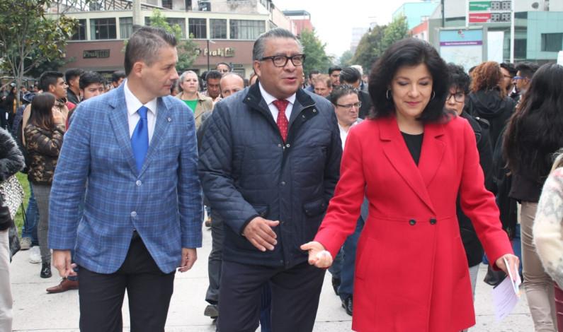 Ofertan mil 100 plazas en segunda Feria del Empleo en Toluca
