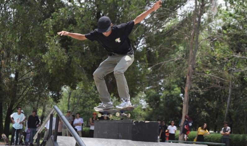Premian ganadores del Concurso Estatal Juvenil Skate Boarding
