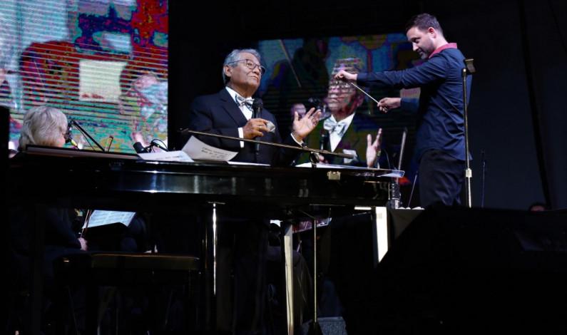 Ofreció Armando Manzanero espectacular concierto con la OSEM