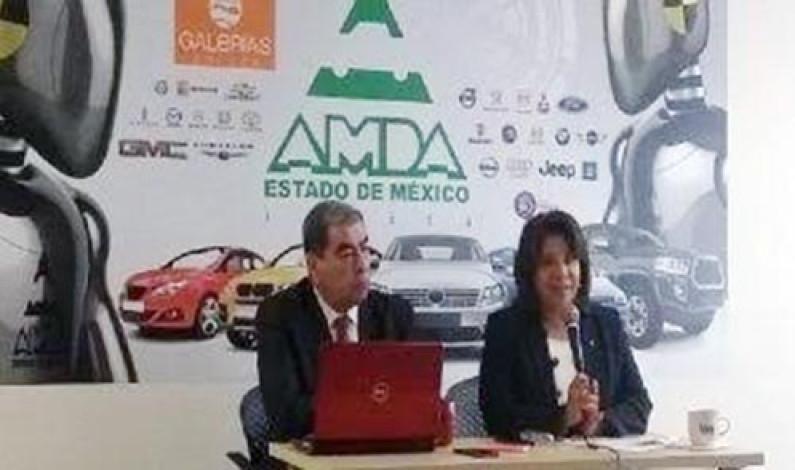 Caen las ventas de automóviles 7.9% en julio