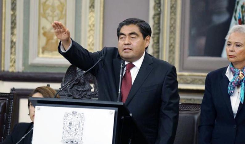 Miguel Barbosa ya es gobernador de Puebla