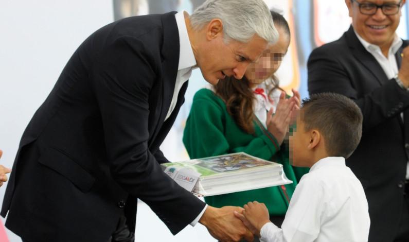 Recibirán kits educativos, útiles y libros 3 millones de alumnos