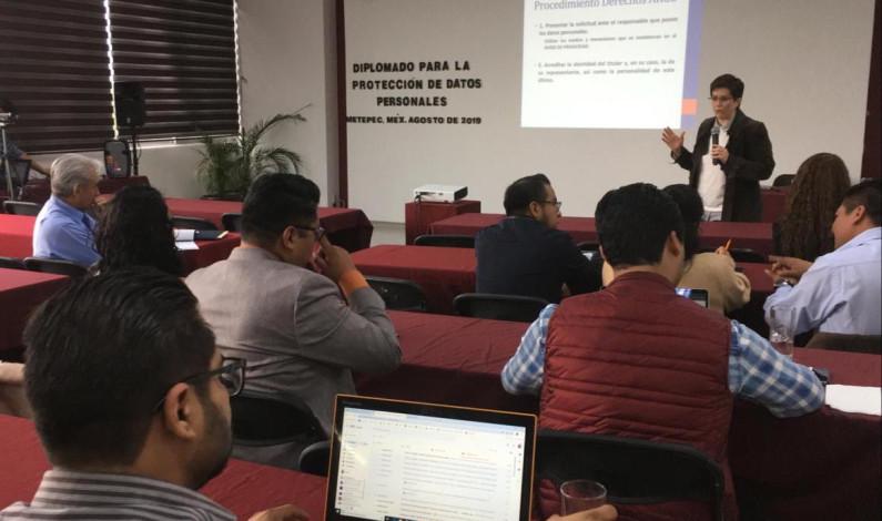 Concluye Metepec diplomado en protección de datos personales