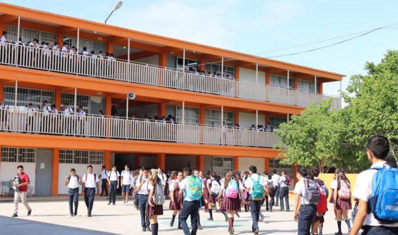 Invierte Metepec 10 millones de pesos en becas escolares