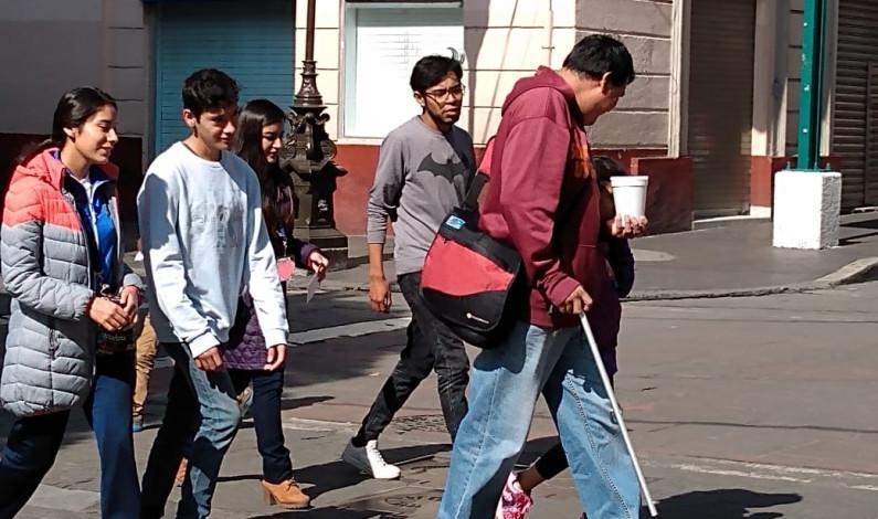 Intransitables calles de Toluca para personas con discapacidad