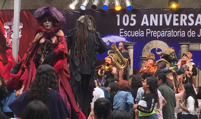 Cumple 105 años la Preparatoria de Jalisco