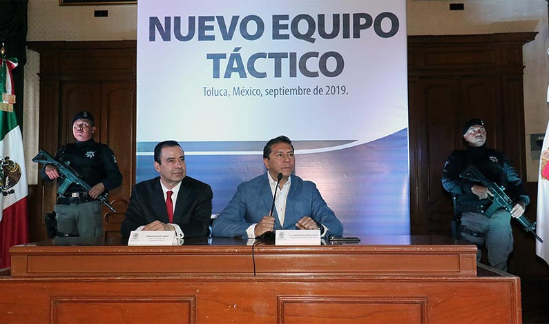 Cambio de horario, de mandos y nuevos chalecos tácticos a policías de Toluca