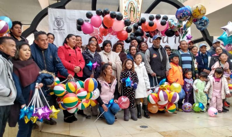 Celebran globeros su día en Toluca