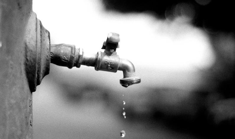 Hay menos agua en Edomex por mantenimiento al Cutzamala