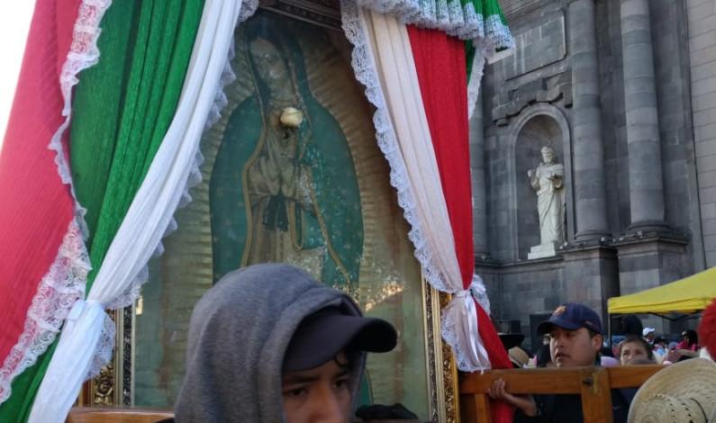Salen de Toluca más de 30 mil peregrinos a la Basílica de Guadalupe