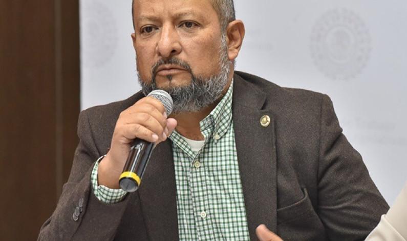 Llama Max Correa a suspender Dictamen Único de Factibilidad