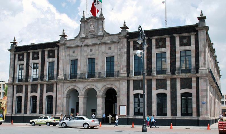 Podrán empleados municipales de Toluca permanecer en casa