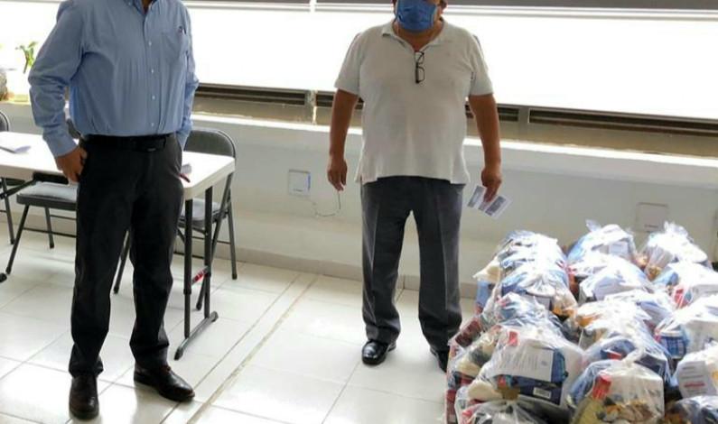 Distribuyen apoyos alimentarios a los más afectados por la pandemia