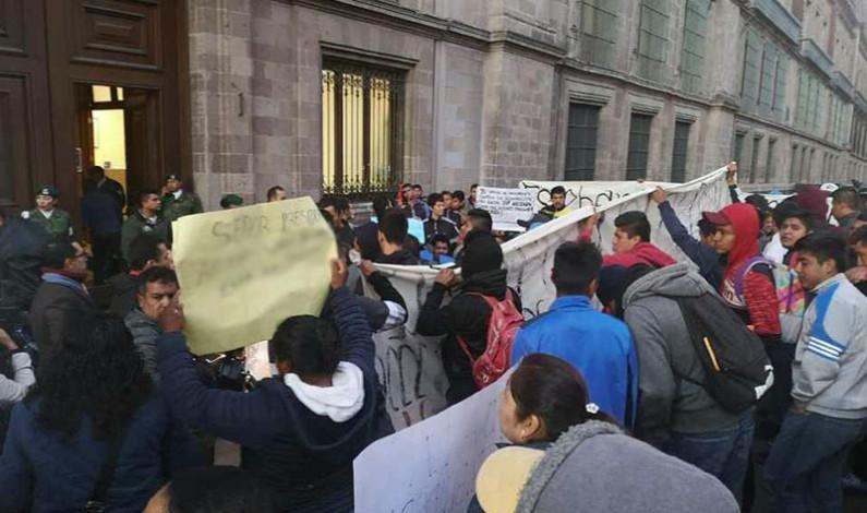 Exigen destituir a Raciel Pérez Cruz