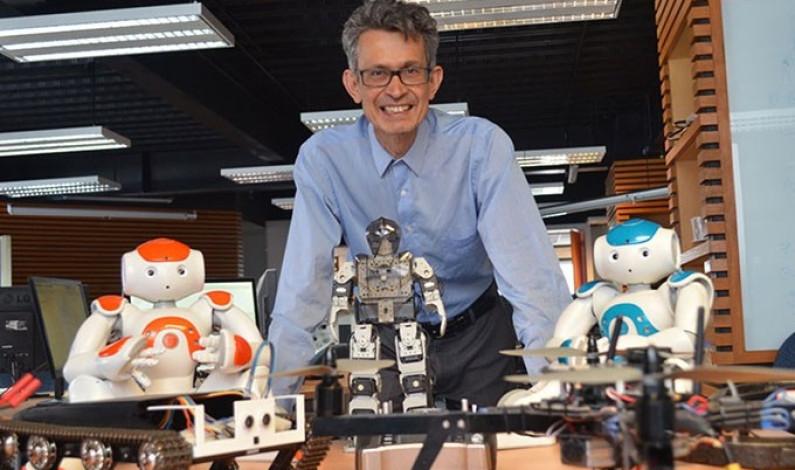 Desarrollan robot para sanitizar y atender a pacientes COVID