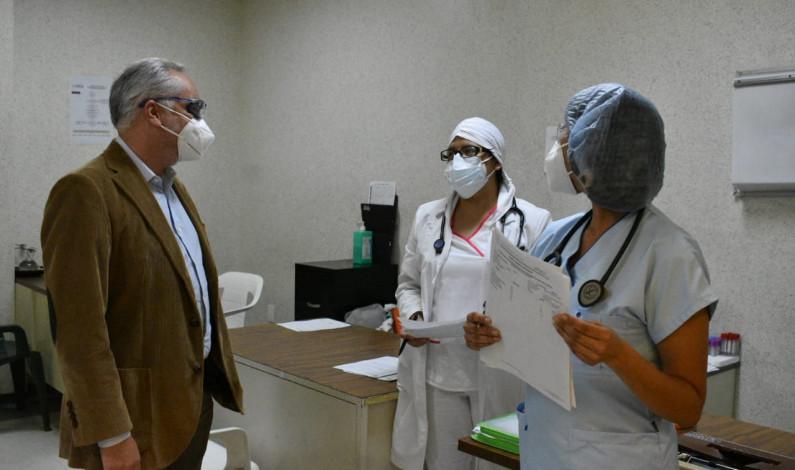 Refuerzan con equipo de protección a personal médico