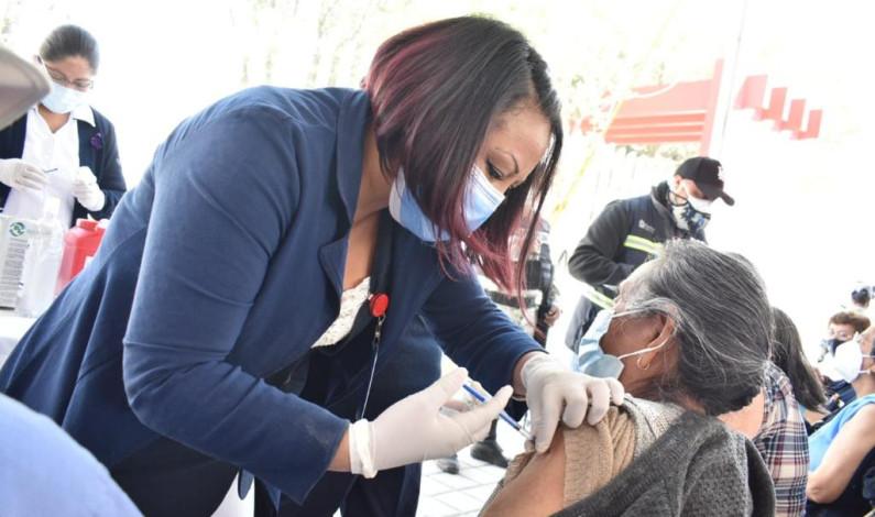 Inicia vacunación contra Covid-19 en Coacalco