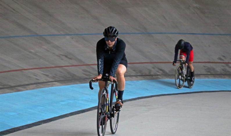 Entrenan en Edomex los ciclistas olímpicos