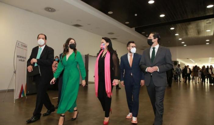 La lucha de las mujeres, guiada por la dignidad y la justicia: AMV